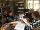 В Библиотеке-филиале № 1 сформирован график занятий Клуба «КреатИв» по живописи, рисунку, вязанию