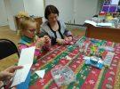 Марина Шкалова провела мастер-класс по изготовлению елочной игрушки провела в ЦГБ им. И.Ф. Горбунова