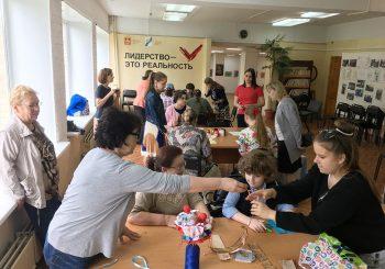 В ЦГБ им. И.Ф. Горбунова прошёл мастер-класс для детей социальной организации «Радость моя»