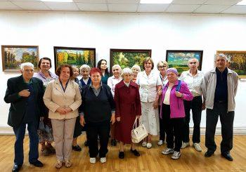 Участники Пушкинского Комплексного центра социального обслуживания посетили выставки в ЦГБ им. И.Ф. Горбунова